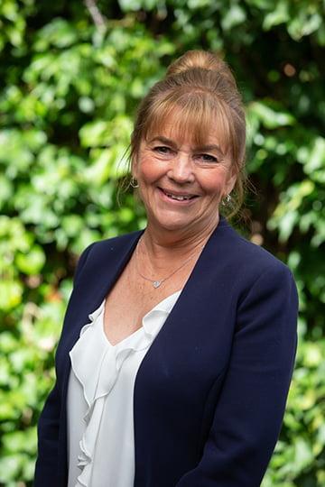 Lyndhurst Financial Management - Linda Burton